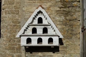Three Tier Birdhouse (Small hole)