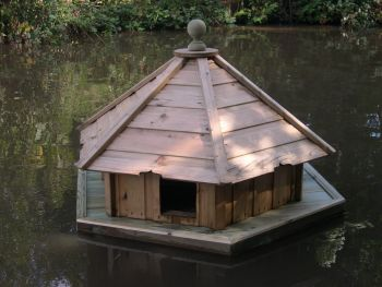 Large Hexagonal Floating Duck House, Waterfowl Nesting Box for Pond or Lake