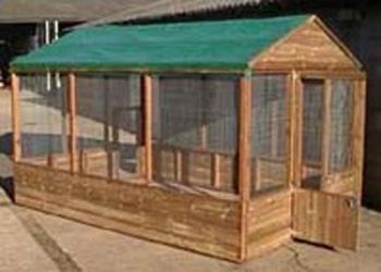"Covered Walk in Pet Run 9' x 6' x 6'6"" for animals, birds or poultry"