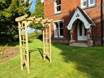 Rose Arch 4ft