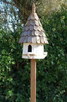 Small Round Birdhouse (Small hole)