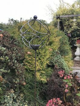 Tangle Ball On 4ft Stem with Bird Feeder